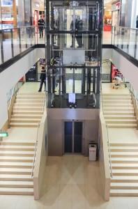 Etwas Bewegung tut dennoch gut >>> benutzen Sie die Treppe anstelle des Aufzuges!