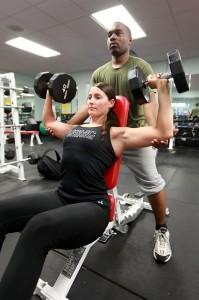 Muskelaufbau verändert Ihre Körperhaltung positiv und lässt Sie attraktiver und dynamischer wirken!